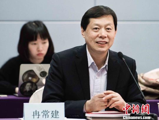 戏曲电影渐势mainhong建设微 业界呼吁给一点空间