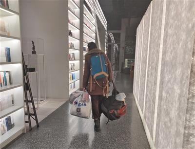 深夜书店的机遇和挑战