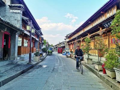 蕴藏数百年历史的沿线古城古镇